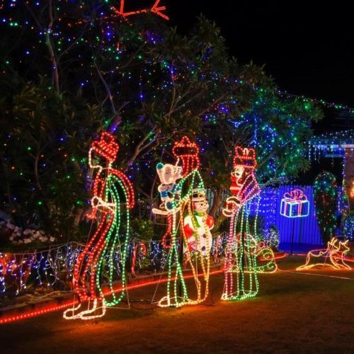 4KQ Christmas Lights: 7 News People's Choice Award
