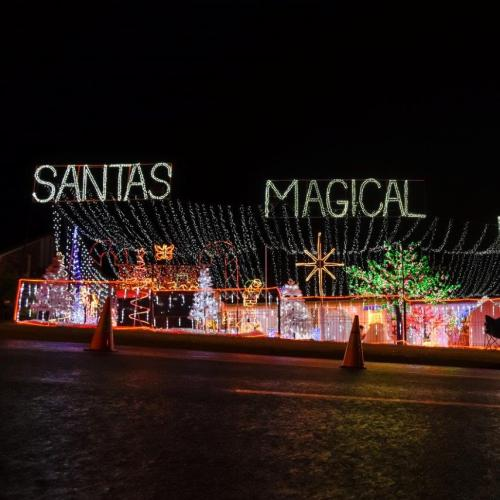 2018 Christmas Lights: Lighting Illusions Best Bris Lights