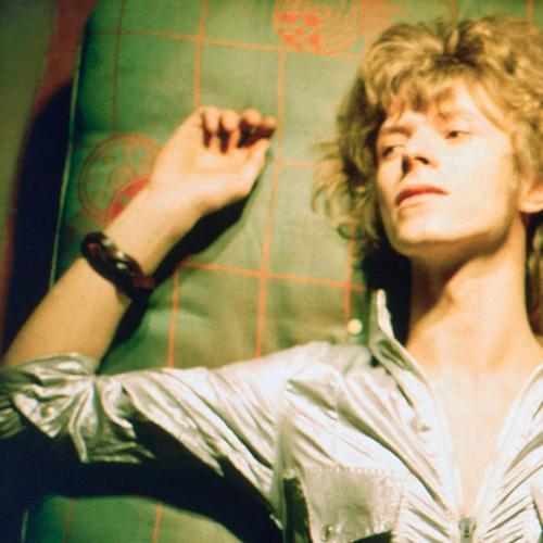David Bowie Left A Clue In Final Twitter Account He Followed