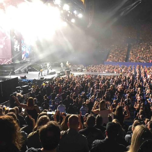 Def Leppard Plays 'Hysteria' In Entirety On Aussie Tour