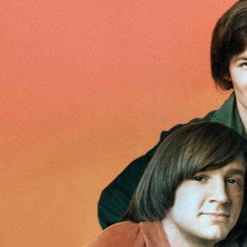 Laurel, Gary & Mark chat to Mike Nesmith!