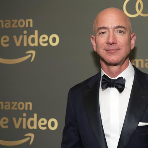 Amazon founder Jeff Bezos splits from wife of 25 years