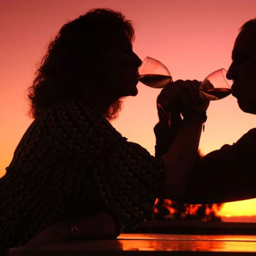Heavy Drinkers More Likely To Live Longer Without Dementia