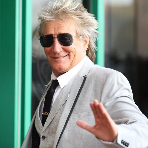 Rod Stewart Has 'Mothers Reunion' With His Wife... And 3 Exes