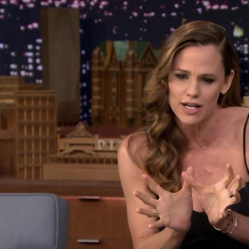 Jennifer Garner's Oscar Dress Caused All Sorts Of Problems