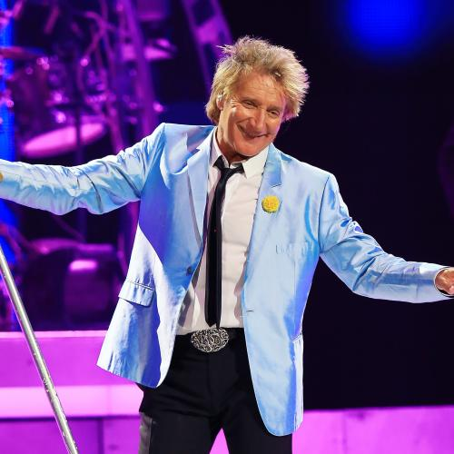 "Rod Stewart Announces He's Now ""In The Clear"" After Prostate Cancer Diagnosis"