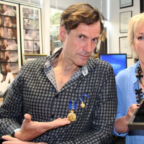 What's Jonesy Doing With Amanda's Oam Medal???