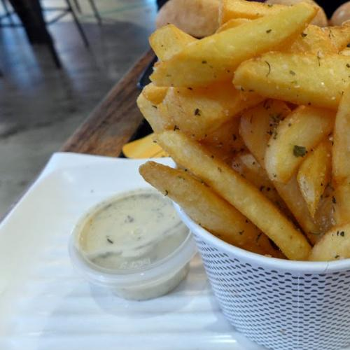 Australia Is Not Ready For This Burger Chains New Hot Chip
