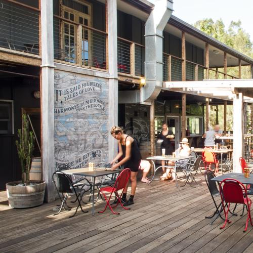 Escape The City At Boogie Woogie Beach House In Old Bar