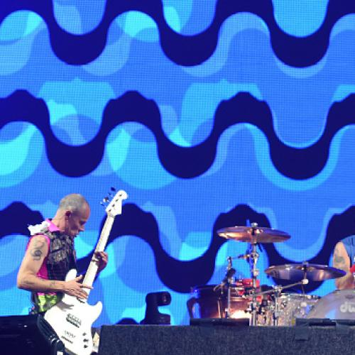 Red Hot Chili Peppers Debut At Number 1