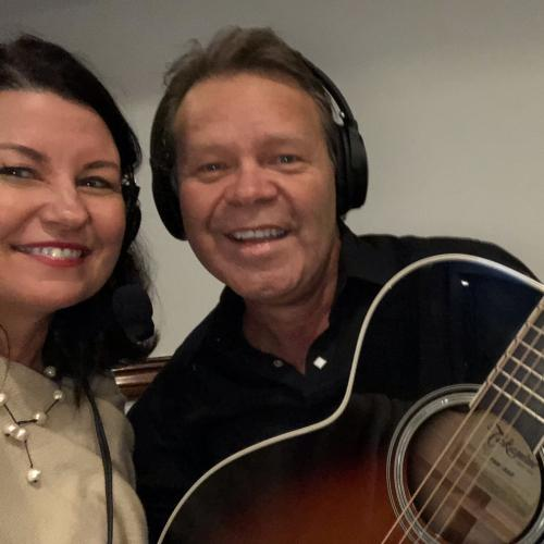 Troy Cassar-Daley and Laurel Sing a Duet Live!