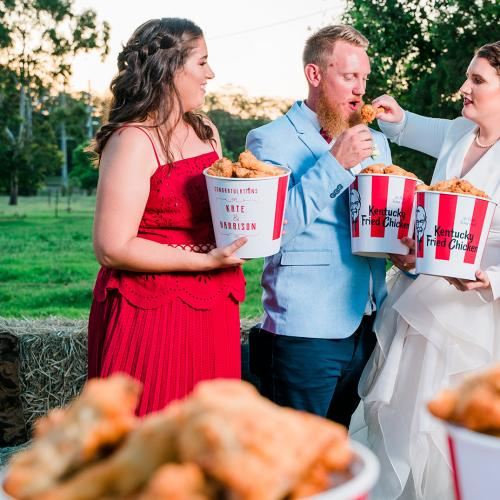 A Queensland Couple Had A KFC-Themed Wedding And We're Not Sure How To Feel