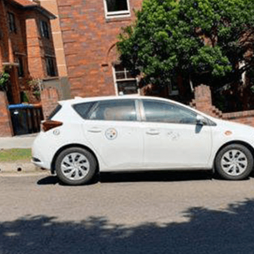 Resident Leaves A Note On A 'Badly Parked Car' And Well, It's Caused A Stir On The Internet
