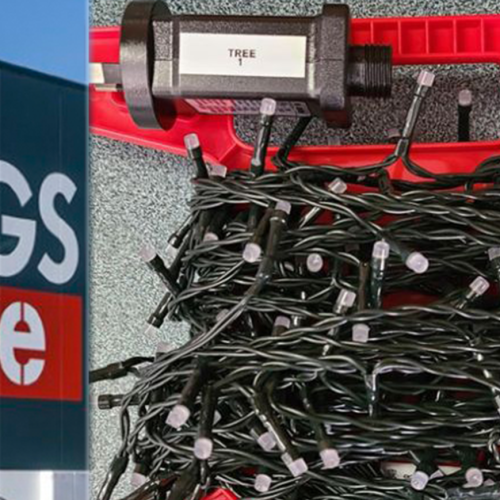 These $15 Christmas Storage Light Containers From Bunnings Have Everyone Rushing Out To Buy Them