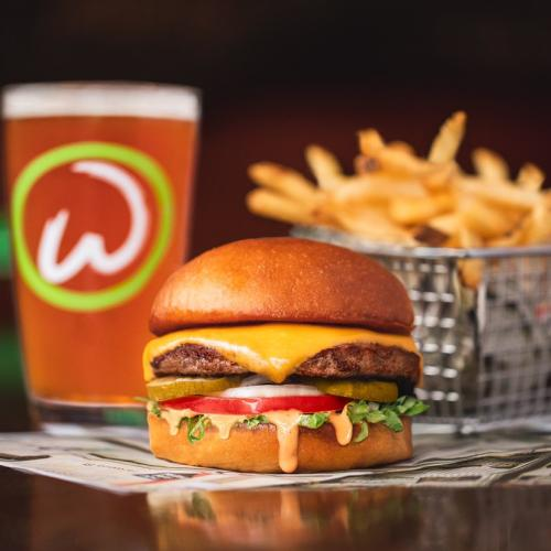 Mark Wahlburg Is Opening His Burger Chain 'Wahlburgers' In Brisbane In Coming Months!