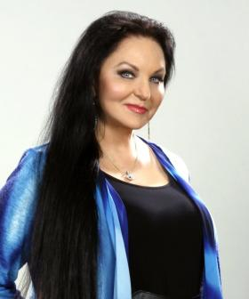 Crystal Gayle Reveals Exclusives About Her Sister, Loretta Lynn