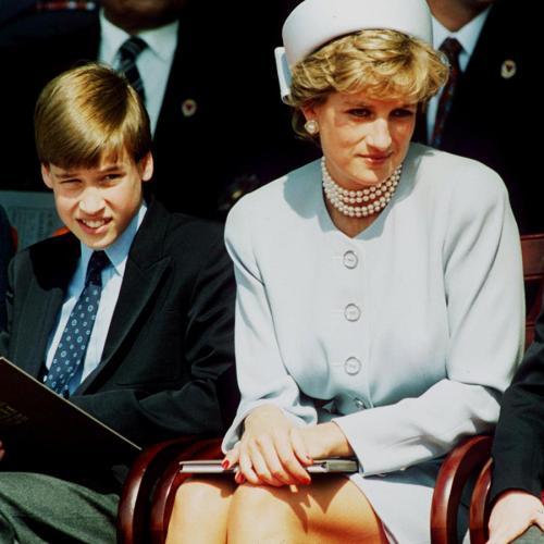 """""""She Left A Huge Hole"""" - Prince Harry Writes About Diana's Death"""