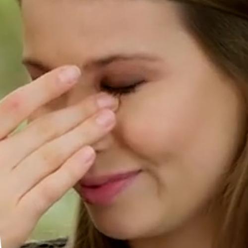"""It's Really Hard"": Bindi Irwin Breaks Down Over Raising Daughter Without Dad Steve Irwin"