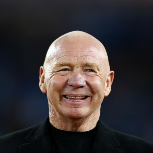 A Heartwarming Tribute To The NRL Great -  Bob Fulton