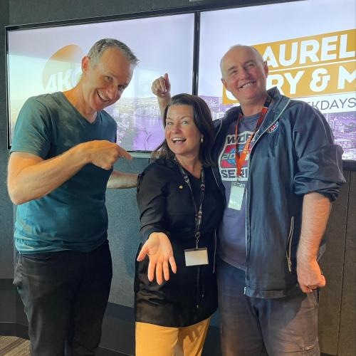 Laurel Breaks Free From Boredom & Returns To The Studio After Surgery!