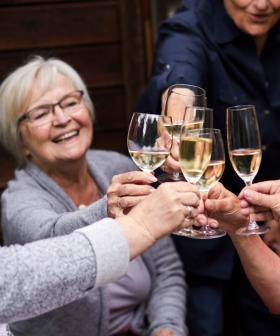 This Dr Reveals How 'Drinking Wine' & 'Sleeping More' Can Help You Live To 100!