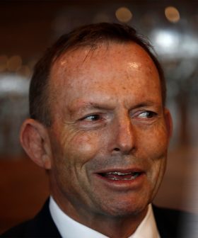 """Former PM Tony Abbott Fined $500 For Not Wearing A Mask And Calls It """"Un-Australian"""" ..."""